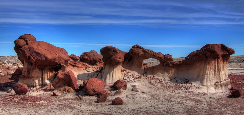 13 Amazing Locations with Otherworldly Landscapes