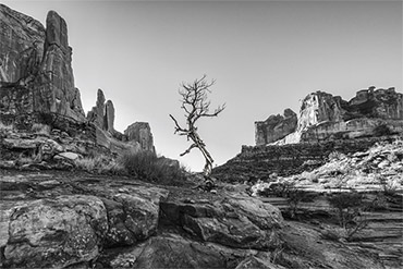 How to Maximize Depth of Field & Accessories for Beautiful Landscapes