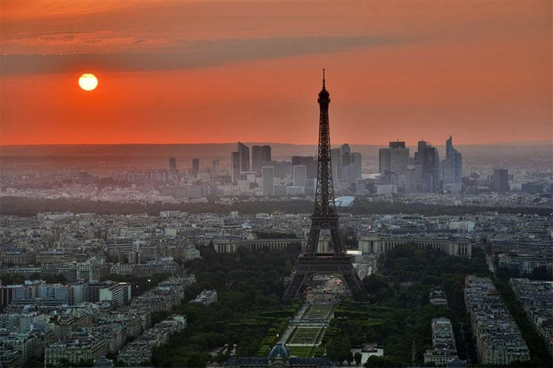 Paris Skyline by Pedro Kümmel / Unsplash License