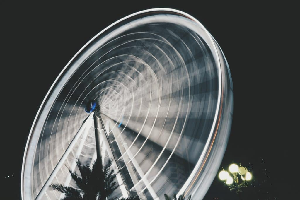 a wheel captured using 8 second exposure